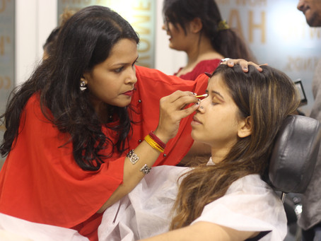 Why becoming a makeup artist is a lucrative career option?