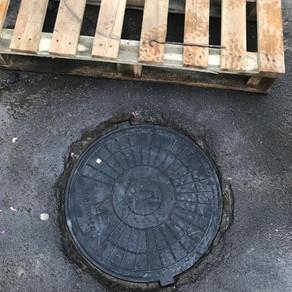 Замена люка канализации