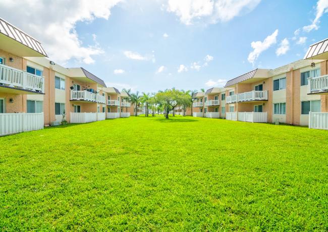 Apartments in Pompano Beach, Florida