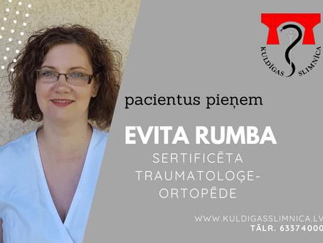 Pacientus konsultē traumatoloģe-ortopēde Evita Rumba