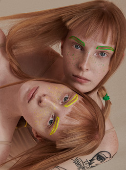 twins-colorful-colored-eyebrows-colorful