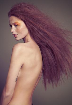 cintia-dicker-red-head-model.jpg