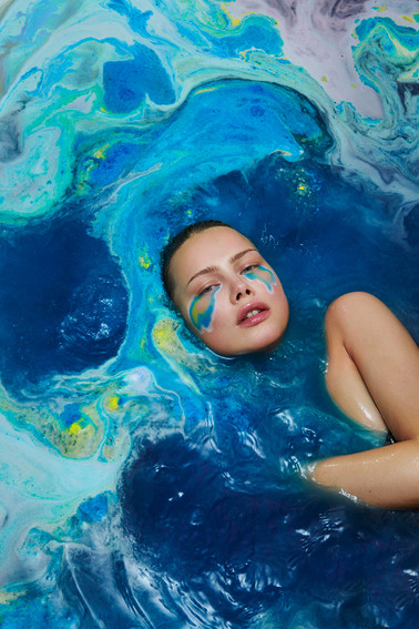 bath-bomb-beauty-fashion-editorial-fizzy