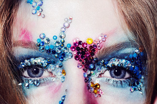 swarovski-crystals-bullet-head-halloween
