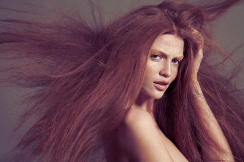 hair-blowing-blowdryer-wind-beauty-edito