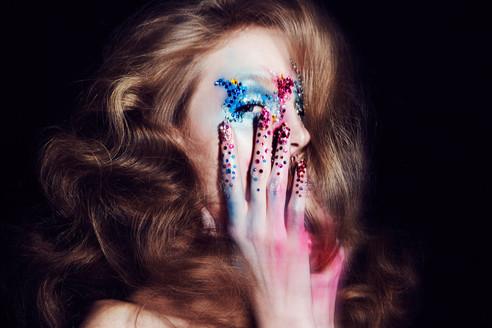 edgy-avant-garde-creative-makeup-editori