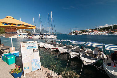 Boat hire for Dorian holiday homes in Fiscardo Kefalonia