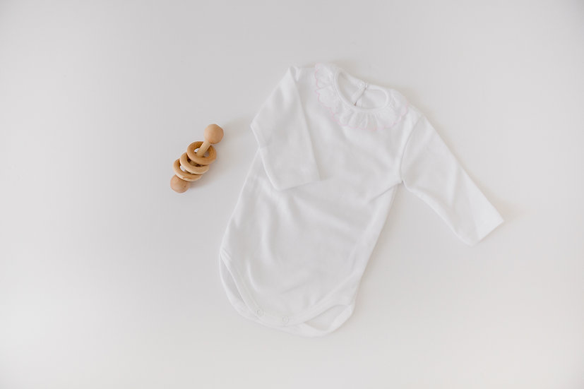 Simple Ruffles White  Long Sleeve