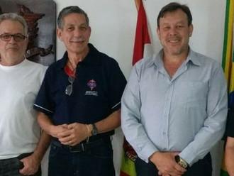 Diretor de Classe da AMAI e diretor Legislativo da ANERMB faz visita de cortesia a ABERSSESC