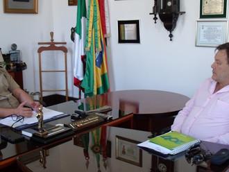 Presidente da ABERSSESC reúne-se com o comandante-geral da PMSC