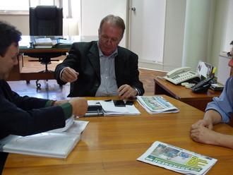 Presidente da ABERSSESC, subtenente Flávio Hamann, reúne-se com presidente do DEINFRA