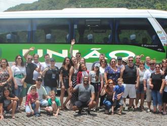 Alegria e descontração marcam o passeio de lazer promovido pela ABERSSESC ao Ecoresort Plaza Capivar