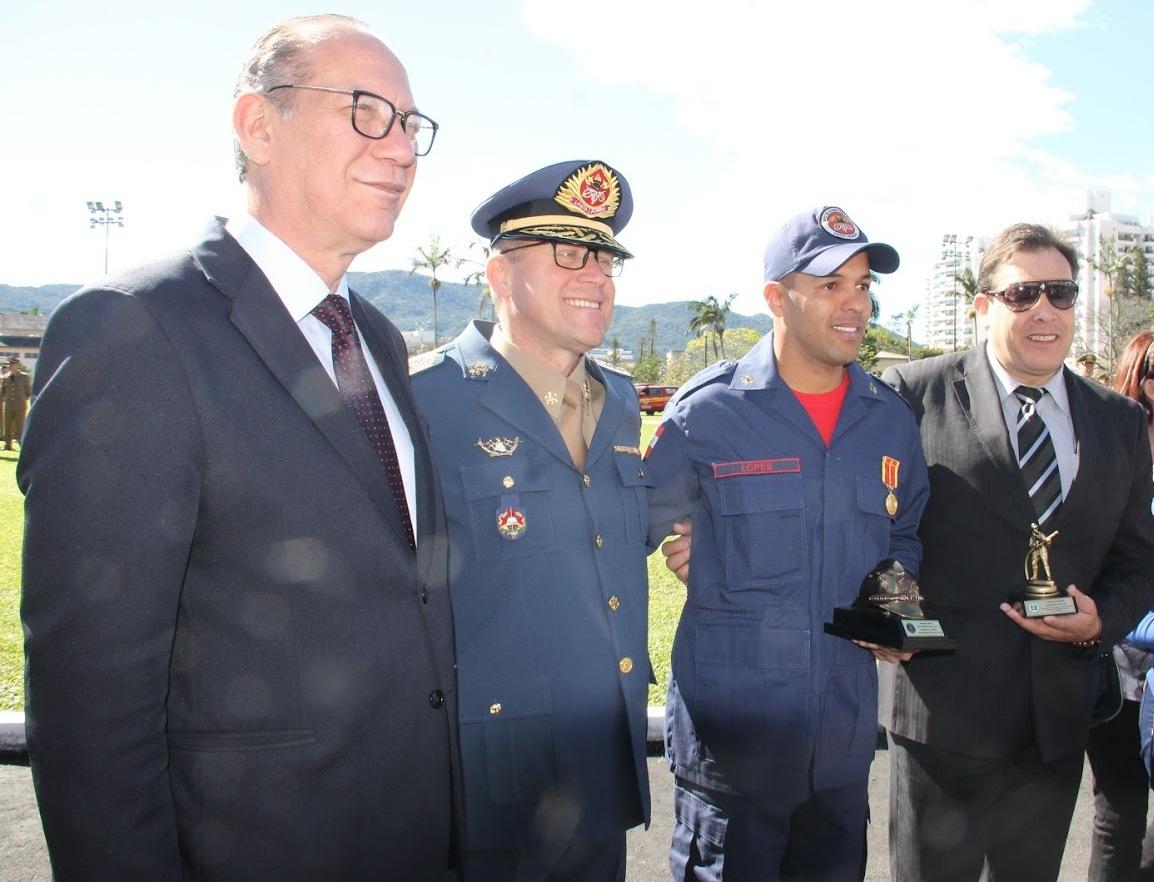 1º_Sgt_PM_RR_Aurélio_de_Oliveira_(50)