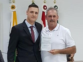 Câmara Municipal de Lontras homenageia associado da ABERSSESC, subtenente Odemir da Silva
