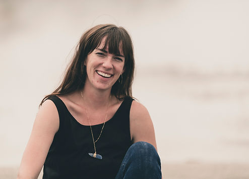 Gyser - upclose laugh Whitney Oppenhuizen