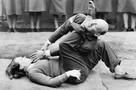 A-WAAF-member-demonstrates-self-defense-