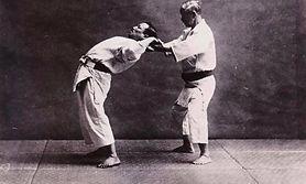 Old footage - Sensei Kano stretching exe