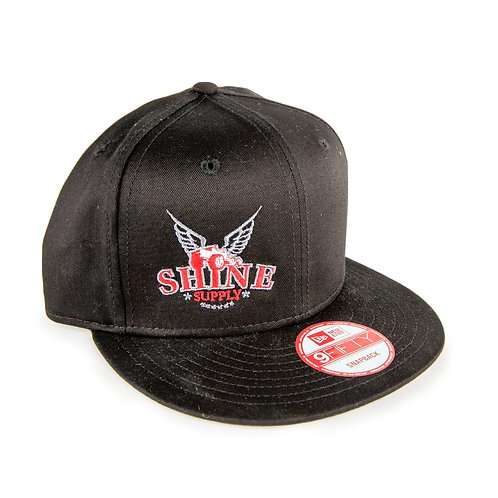 """TRADITIONAL"" BLACK SNAPBACK HAT"