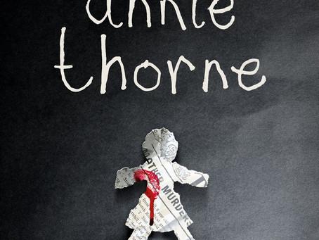 ZNIKNIĘCIE ANNIE THORNE - C. J. Tudor