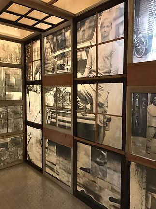8-147836-17_IPA_Enfield_glass_wall_house