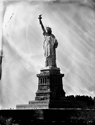 statue of liberty_lowdpi.tif