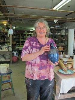 Lisa with Vase.jpg
