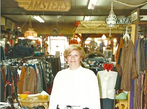 Doris Amster.png