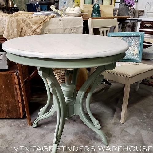Farmhouse Style Boho Antique VICTORIAN ERA SIDE TABLE