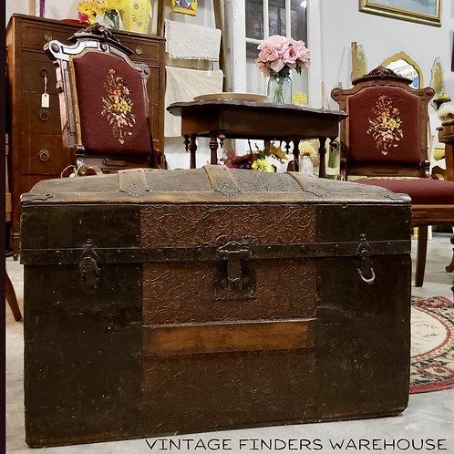 Antique Victorian Gothic Era 1800's *JENNY LIND STEAMER TRUNK* Treasure Chest