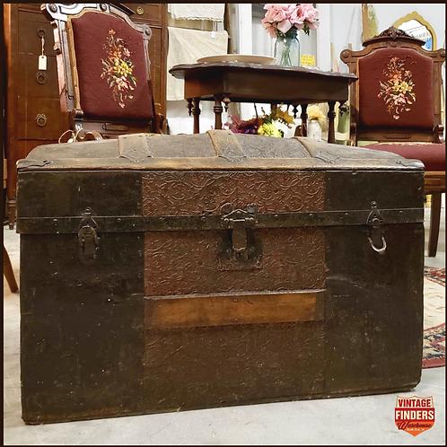 Antique Victorian Era 1870's JENNY LIND STEAMER TRUNK Round Top Treasure Chest