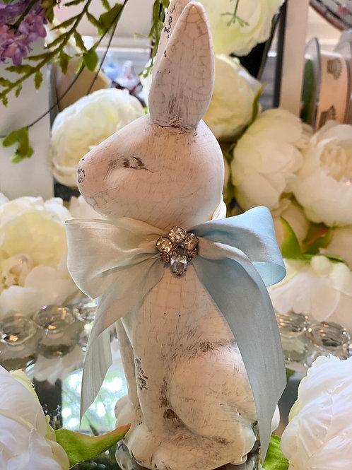 Sweet shabby chic bunny