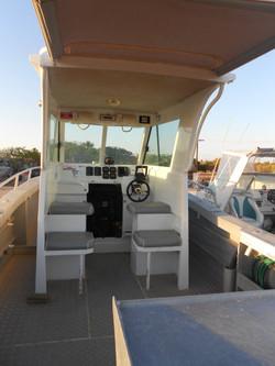 Island Cabin 7.85m Hire Boat