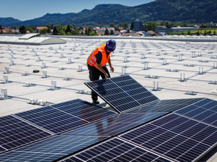 Unser Webinar zum Thema: PV-Flachdachanlagen sicher planen