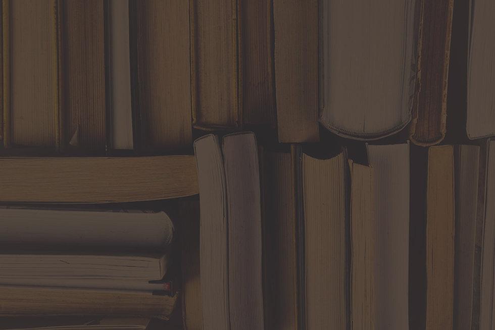 Used Books _edited_edited.jpg