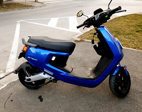 Blue M+ Sport scooter