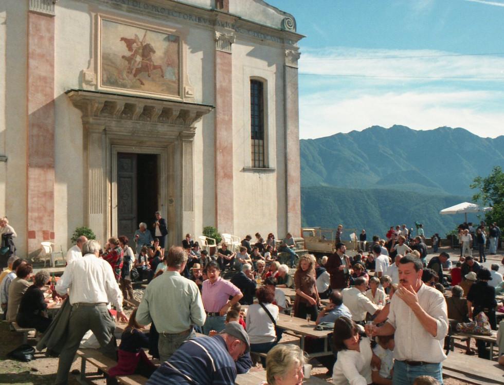 2011 Castagnata 002.jpg