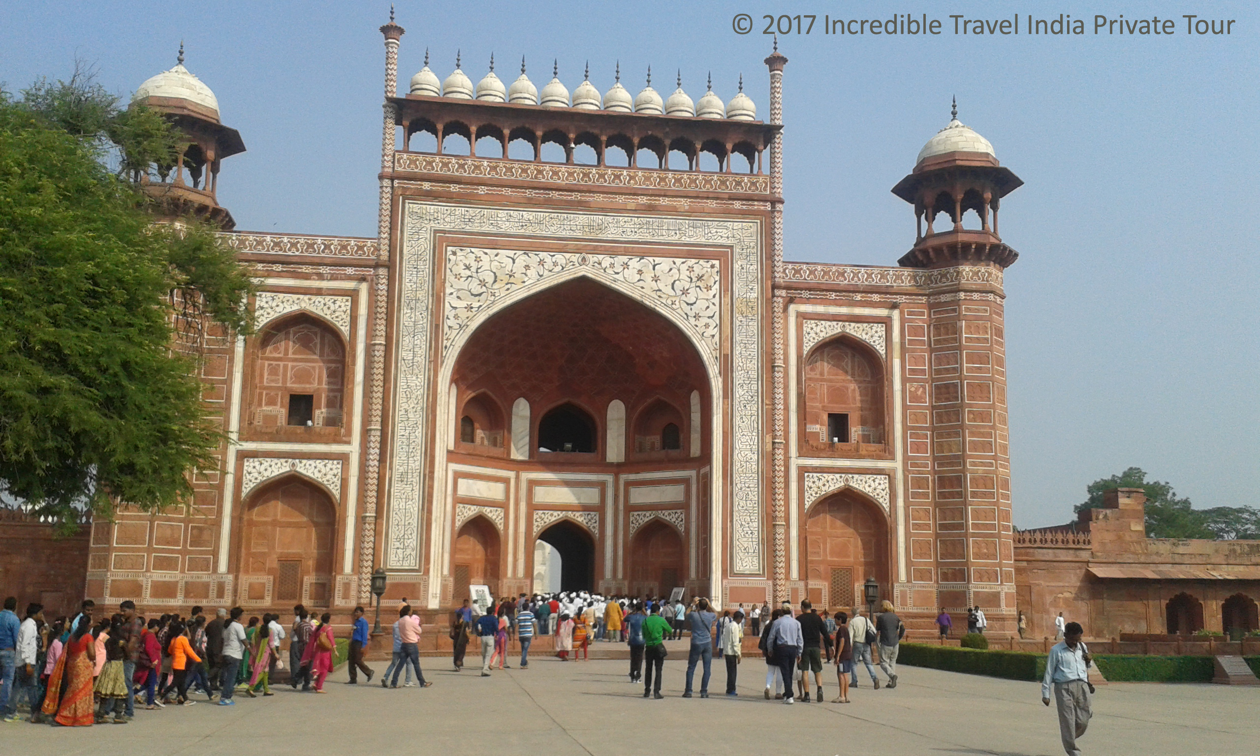 agra_india_tour_packages_©_2017_Incredible_Travel_India_Private_Tour