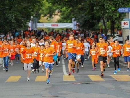 Armenian Americans Participate in First Ever Yerevan Half Marathon