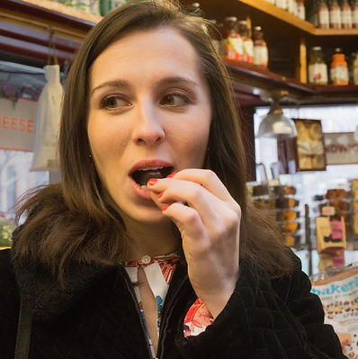 eating chocolate during boston tasting classes