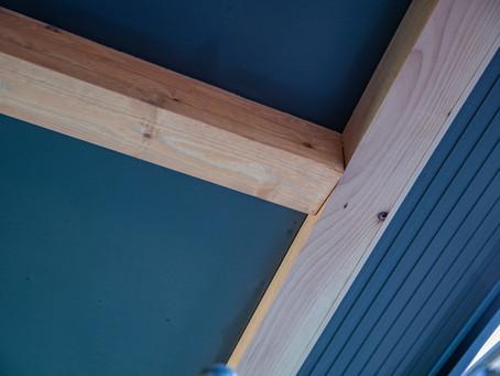 「美しく汚れにくい外壁」ガルバリウム鋼板とケイ酸カルシウム板を使用した店舗作り