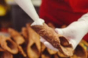 Cannolo con ricotta siciliana