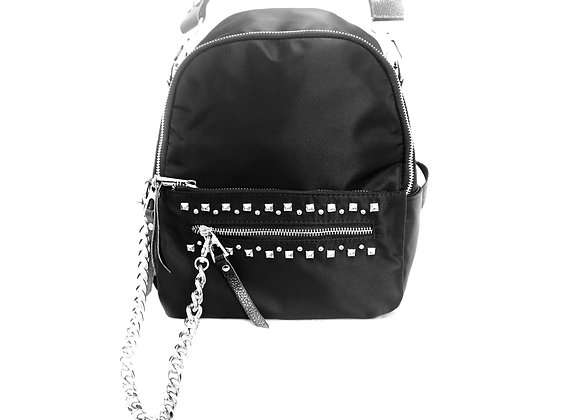 THE CHAIN BACKPACK