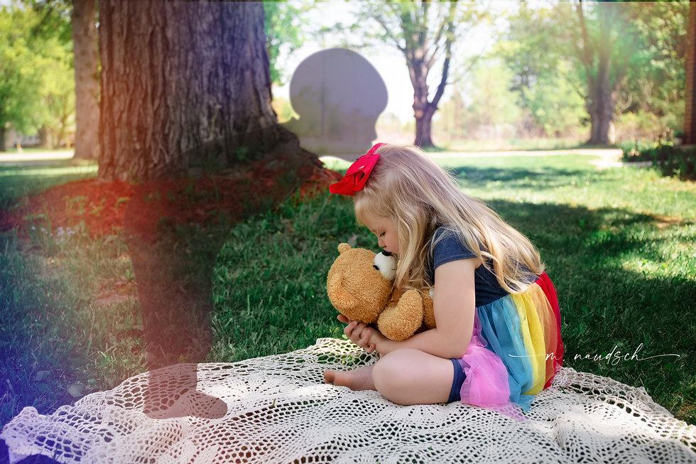 rainbow-w.jpg
