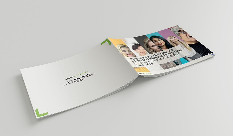 Mockup_HorizontalA5_Brochure_4.jpg