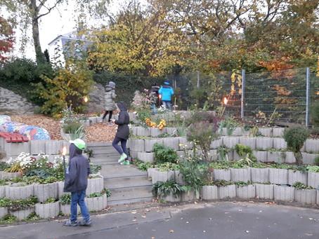 Herbstfest und Einweihung des Schulgartens an der Grundschule Mülheim