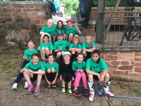 Mädchenfußballmannschaft sichert sich einen tollen 3. Platz