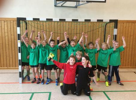 GS Mülheim erreicht 7. Platz beim Jungen Fußballturnier