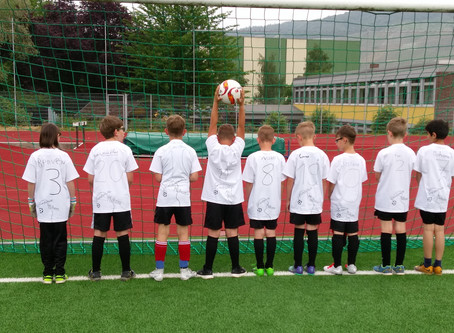 Klasse 4 nimmt an der Mini-WM 2018 teil
