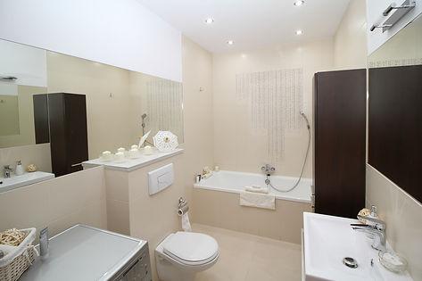 White bathroom Fullerton