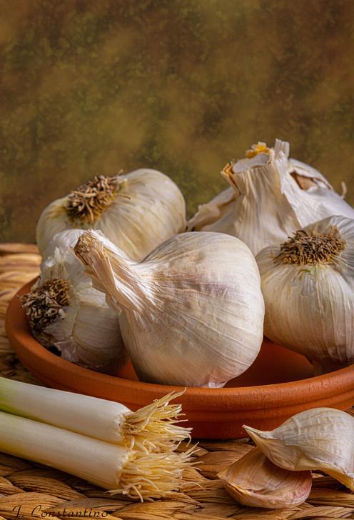 _6102567 garlic.jpg